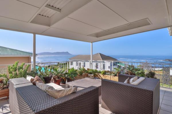 7 bedroom house for sale in Kleinmond