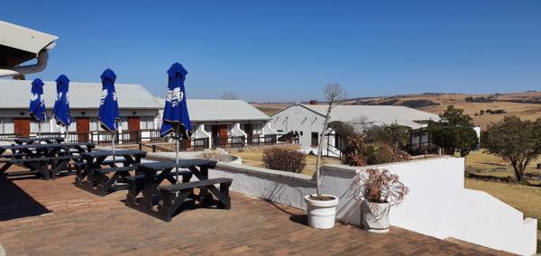 45 guest room country resort for sale in Mooi River