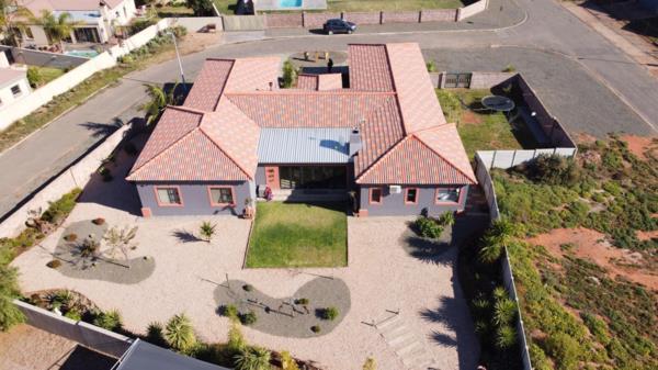 4 bedroom house for sale in West Bank (Oudtshoorn)
