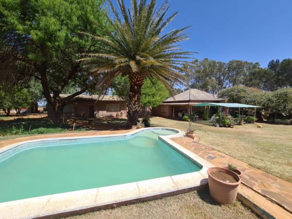 167 hectare mixed use farm for sale in Bloemdal