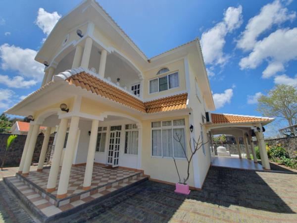 3 bedroom house to rent in Pointe aux Canonniers (Mauritius)