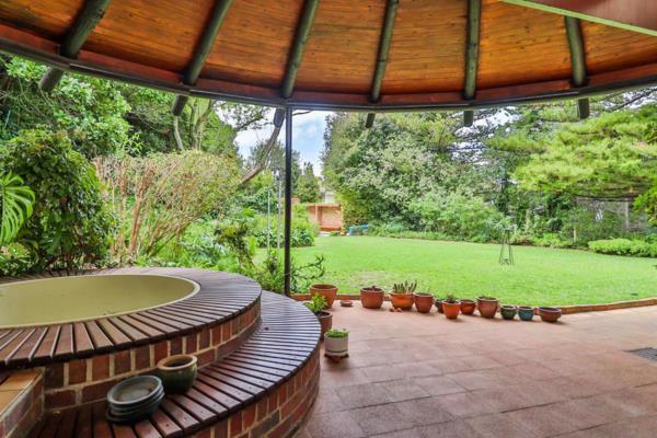4 bedroom house for sale in Kenilworth Upper