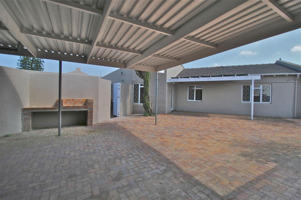 4 bedroom house for sale in Edgemead