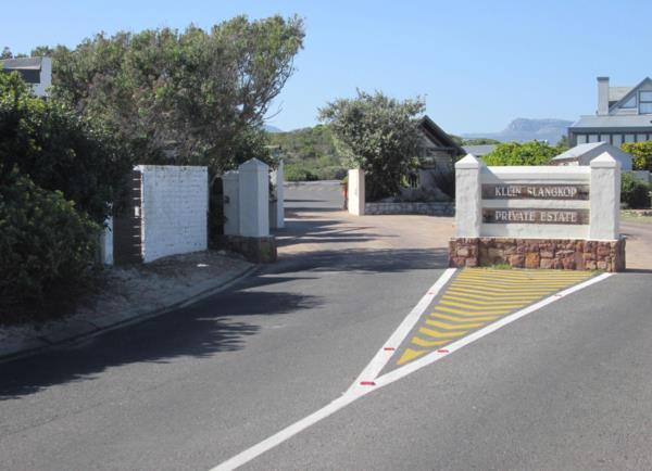 707 m² residential vacant land for sale in Kommetjie