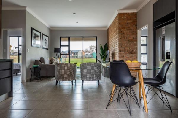 3 bedroom apartment for sale in Six Fountains