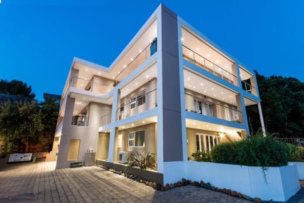 7 bedroom house for sale in Glenvista
