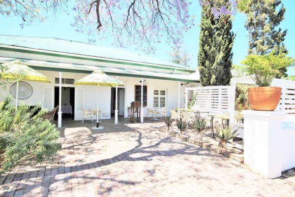6 bedroom house for sale in Oudtshoorn Central