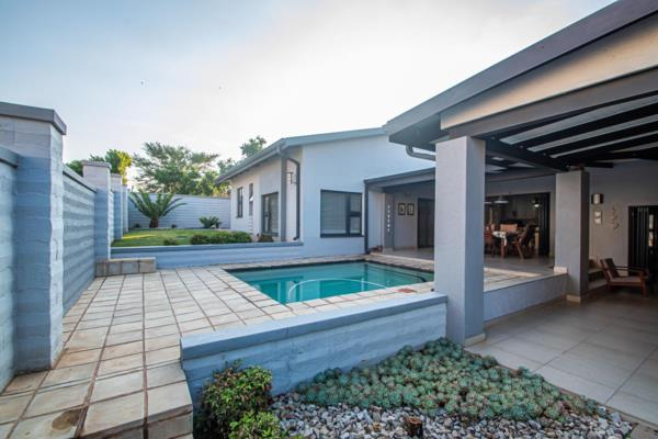 4 bedroom house for sale in Six Fountains