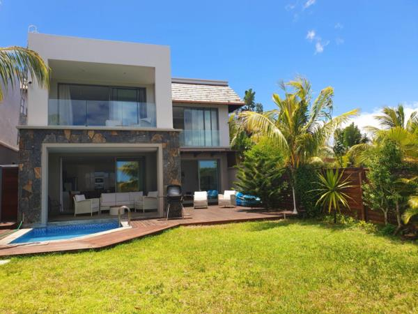 4 bedroom house for sale in Black River (Mauritius)