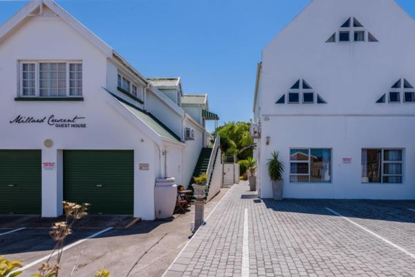 18 bedroom house for sale in Summerstrand