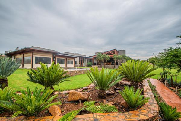 4 bedroom house for sale in Mooikloof Heights