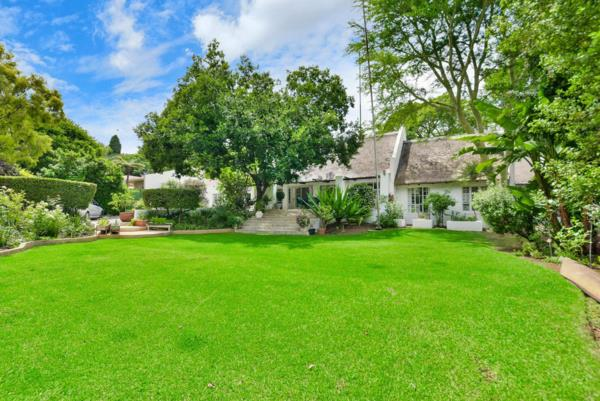 9 bedroom house for sale in Douglasdale