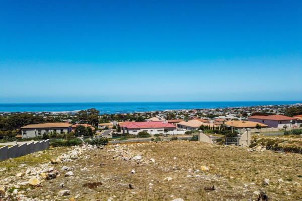 1606 m² vacant land for sale in Onrus
