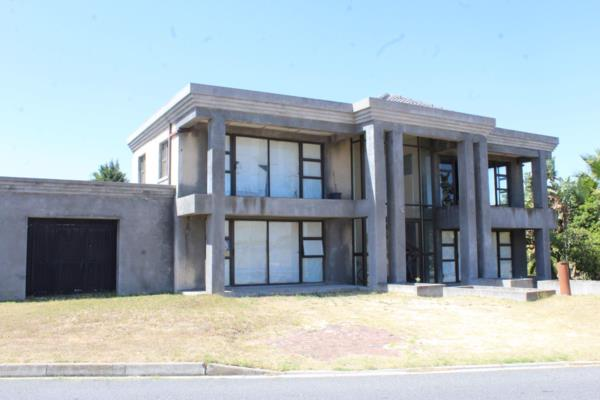5 bedroom house for sale in Rouxville (Kuils River)