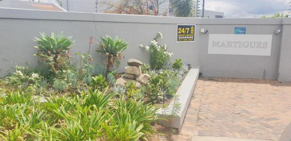 2 bedroom cluster house to rent in Fourways Gardens
