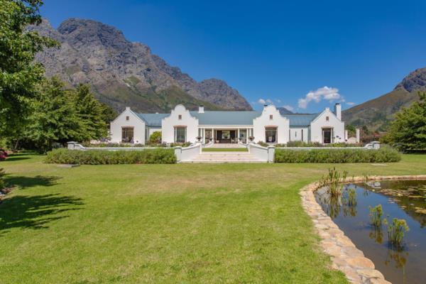7.5 hectare smallholding for sale in Franschhoek Rural