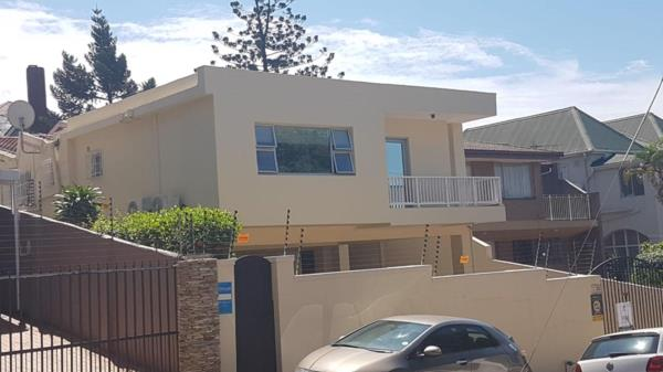 4 bedroom townhouse for sale in Essenwood