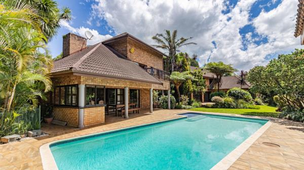 6 bedroom house for sale in Summerveld