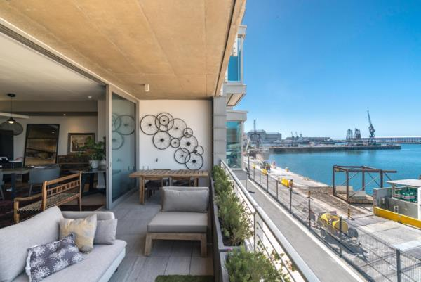 2 bedroom apartment on auction in Waterfront (Cape Town)