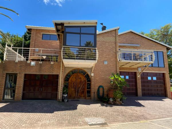 4 bedroom security estate home for sale in Kungwini Country Estate