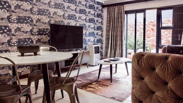 2 bedroom apartment for sale in Menlo Park
