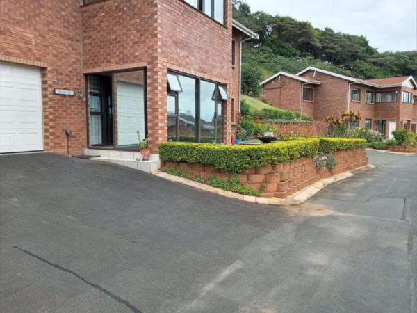 3 bedroom apartment for sale in Freeland Park
