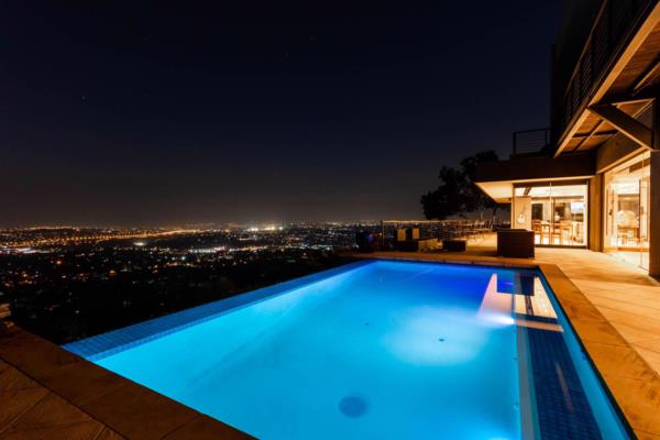 4 bedroom house for sale in Northcliff (Johannesburg)