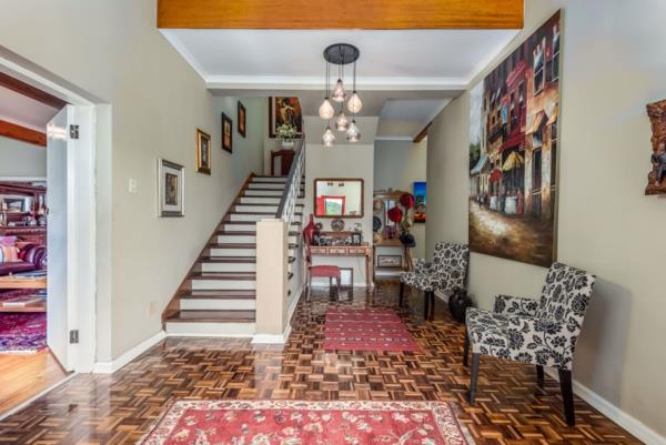 4 bedroom house for sale in Chelsea