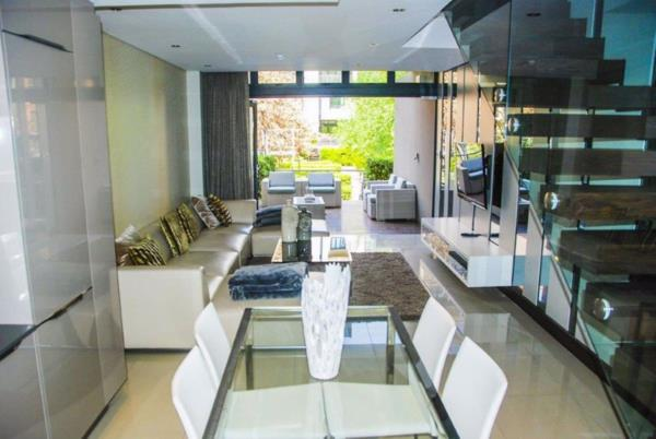 2 bedroom apartment for sale in Melrose Arch