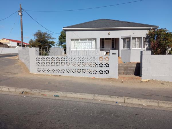3 bedroom house for sale in Connaught