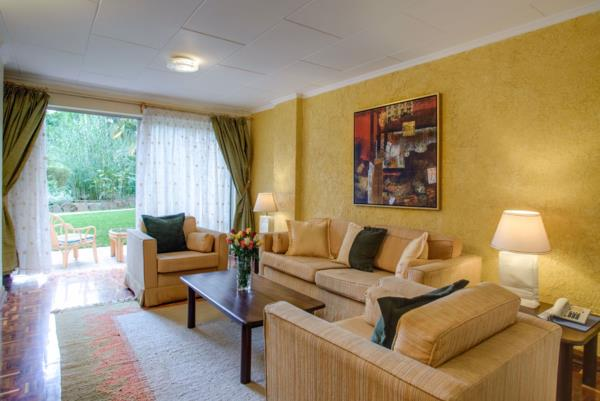 3 bedroom penthouse apartment to rent in Kilimani (Kenya)