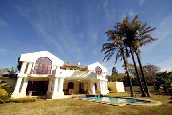 5 bedroom security estate home for sale in Waterkloof