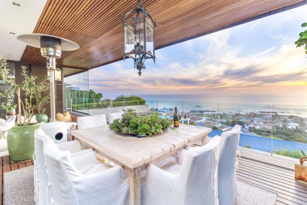 4 bedroom house for sale in Clifton