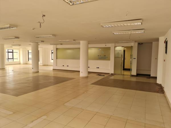 390 m² commercial office to rent in Upper Hill (Kenya)