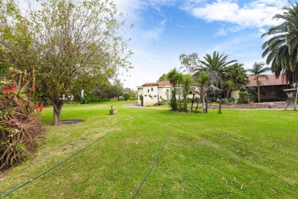 8569 m² residential vacant land for sale in North Riding