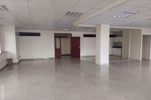 251 m² commercial office to rent in Kilimani (Kenya)