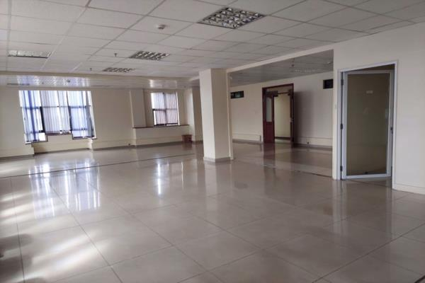 309 m² commercial office to rent in Kilimani (Kenya)