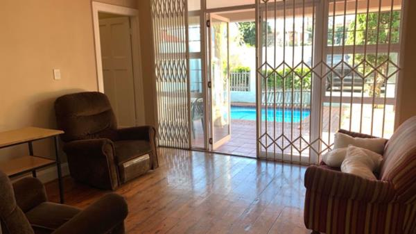 6 bedroom apartment to rent in Bulwer (Durban)