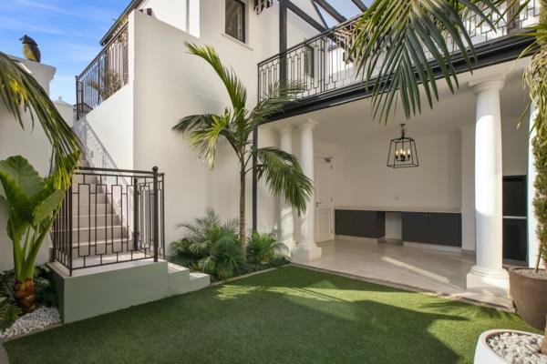 4 bedroom townhouse to rent in Hyde Park (Sandton)