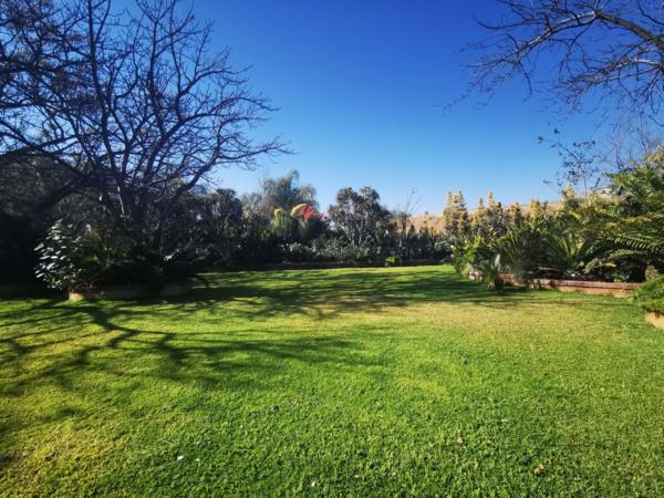 2860 m² residential vacant land for sale in Bendor Park