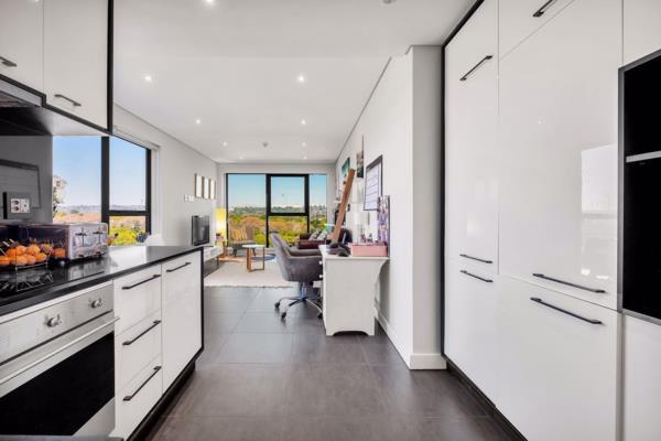 1 bedroom apartment for sale in Rosebank (Johannesburg)