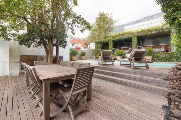 4 bedroom house for sale in Oranjezicht