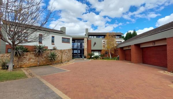 4 bedroom security estate home for sale in Aquavista Mountain Estate