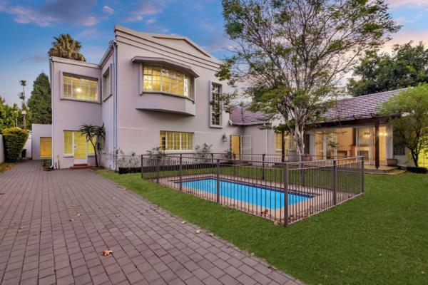 1027 m² commercial office for sale in Parkwood (Johannesburg)