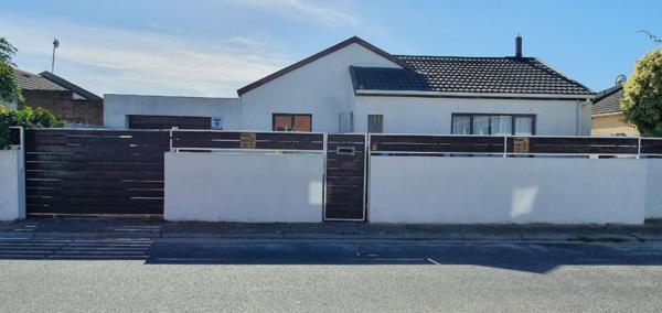 3 bedroom house for sale in Weltevreden Valley