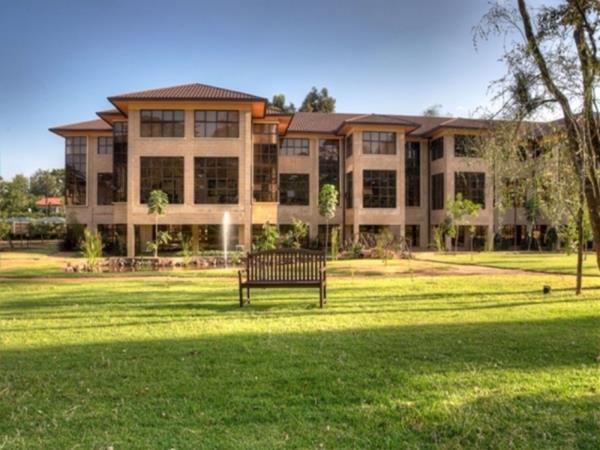 324 m² commercial office to rent in Karen (Kenya)