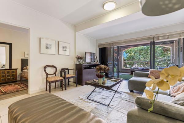 2 bedroom apartment for sale in De Waterkant