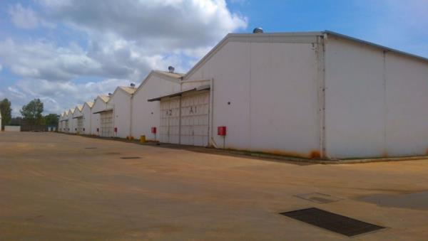 863 m² commercial industrial property to rent in Thika Road (Kenya)