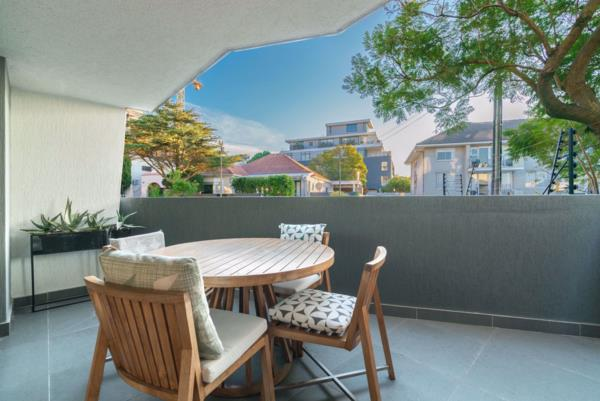 3 bedroom apartment for sale in Three Anchor Bay