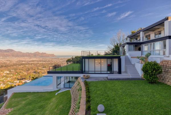 5 bedroom house for sale in Spanish Farm